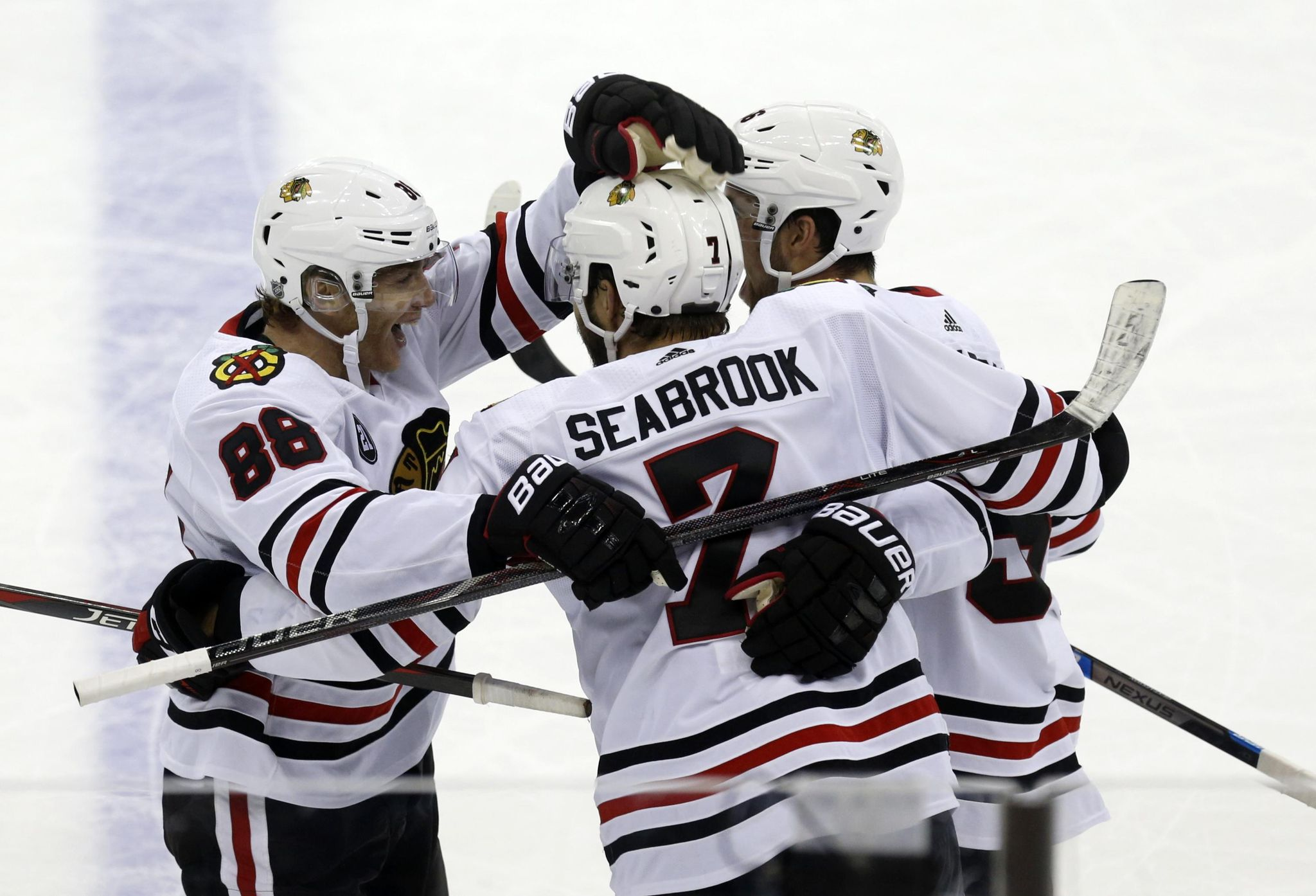 Blackhawks_blue_jackets_hockey_58125_s2048x1394