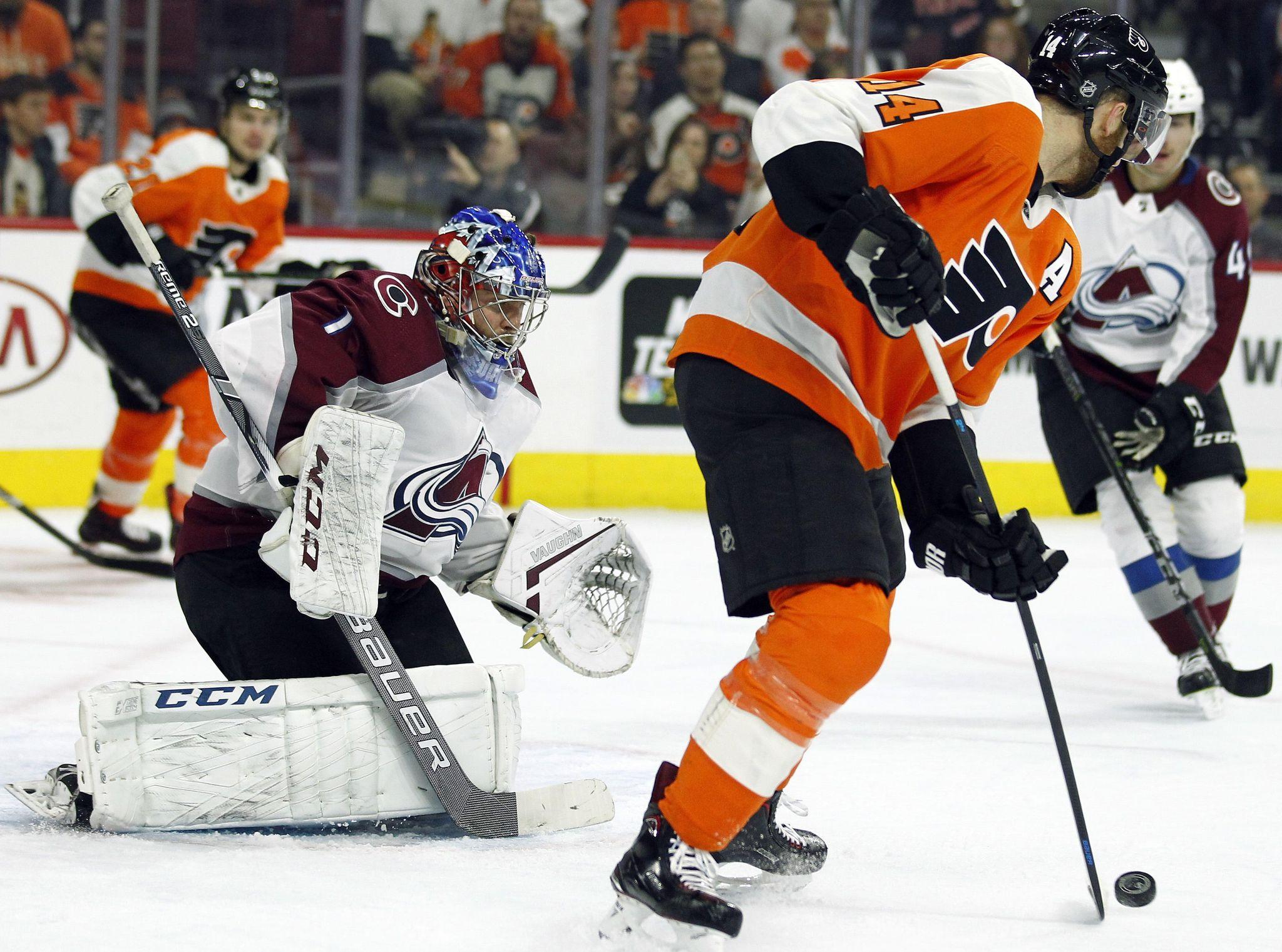 Avalanche_flyers_hockey_20725_s2048x1521