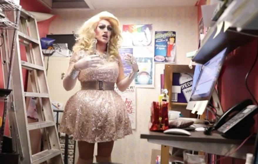 """A Colorado middle school principal apologized Monday after parents were not notified ahead of time that Zack Sullivan, a drag queen known professionally as Jessica L'Whor, would be speaking to their children on """"career day."""" (KDVR)"""