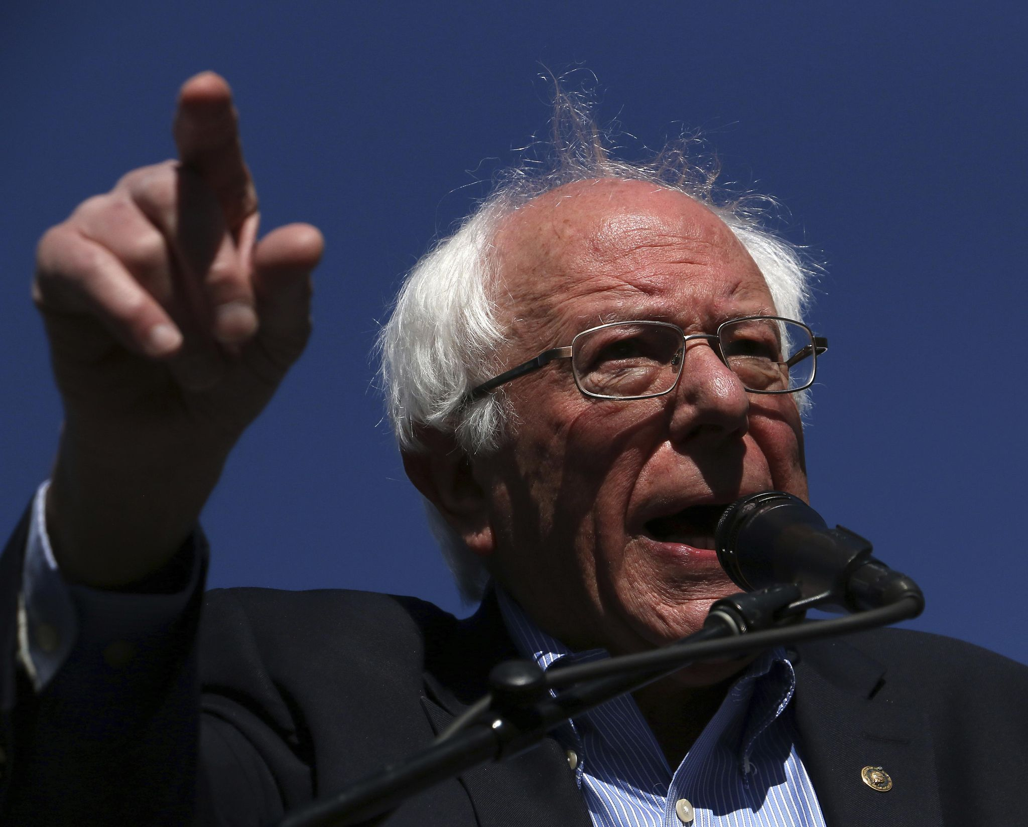 Sen. Bernie Sanders' bill would force drug companies to match foreign prices