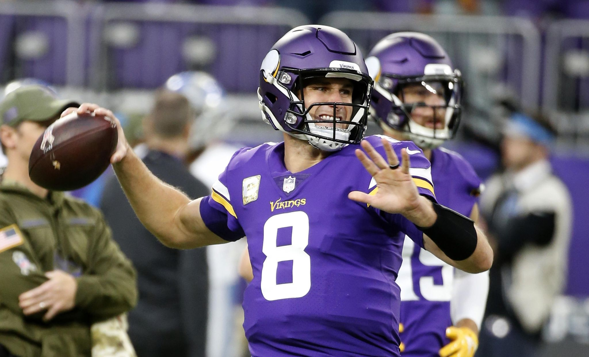 Kirk Cousins, Joe Flacco and more NFL players thank vets on Veterans Day