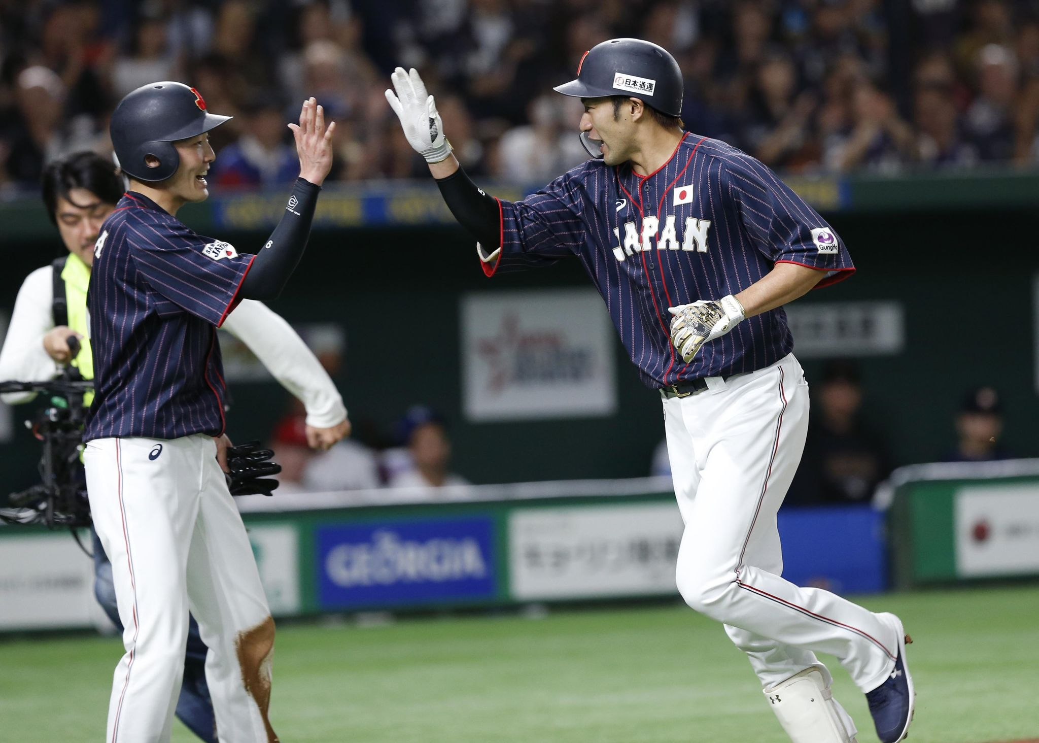 Japan_mlb_all_stars_baseball_53132_s2048x1464