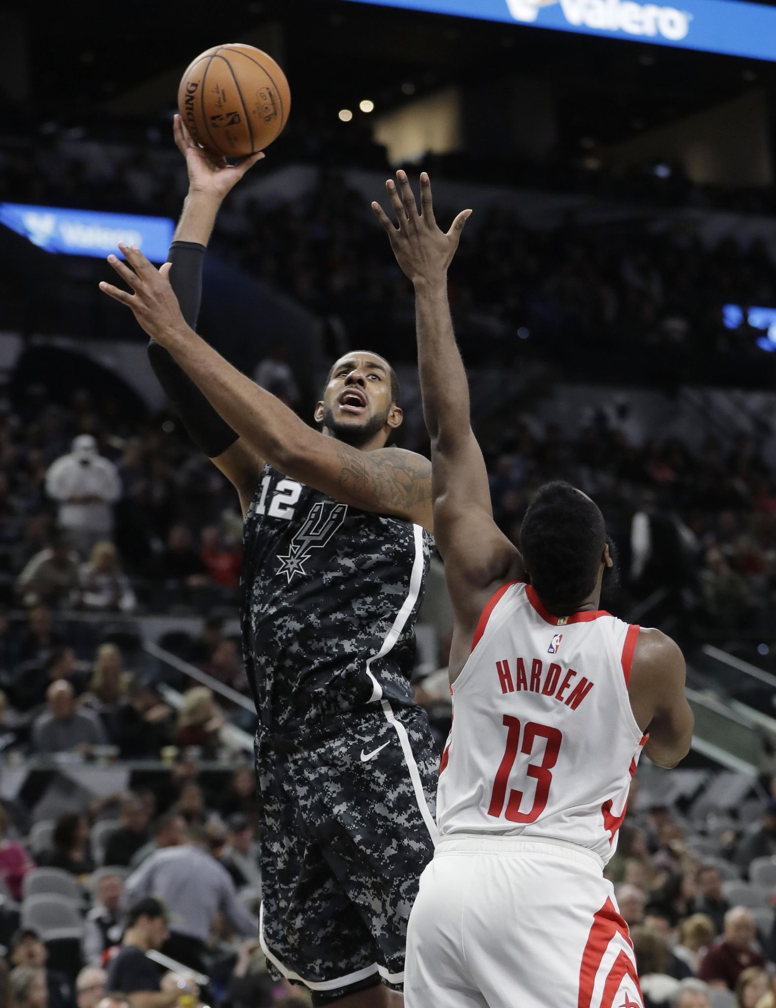 Rockets_spurs_basketball_14150_s1578x2048