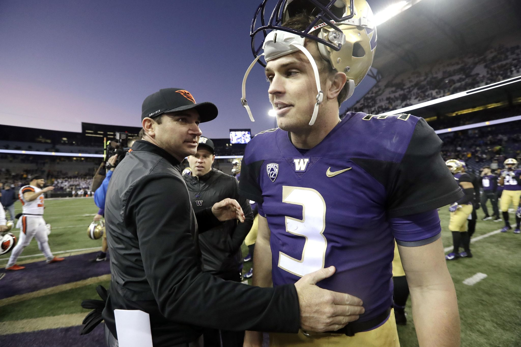 Oregon_st_washington_football_49489_s2048x1365