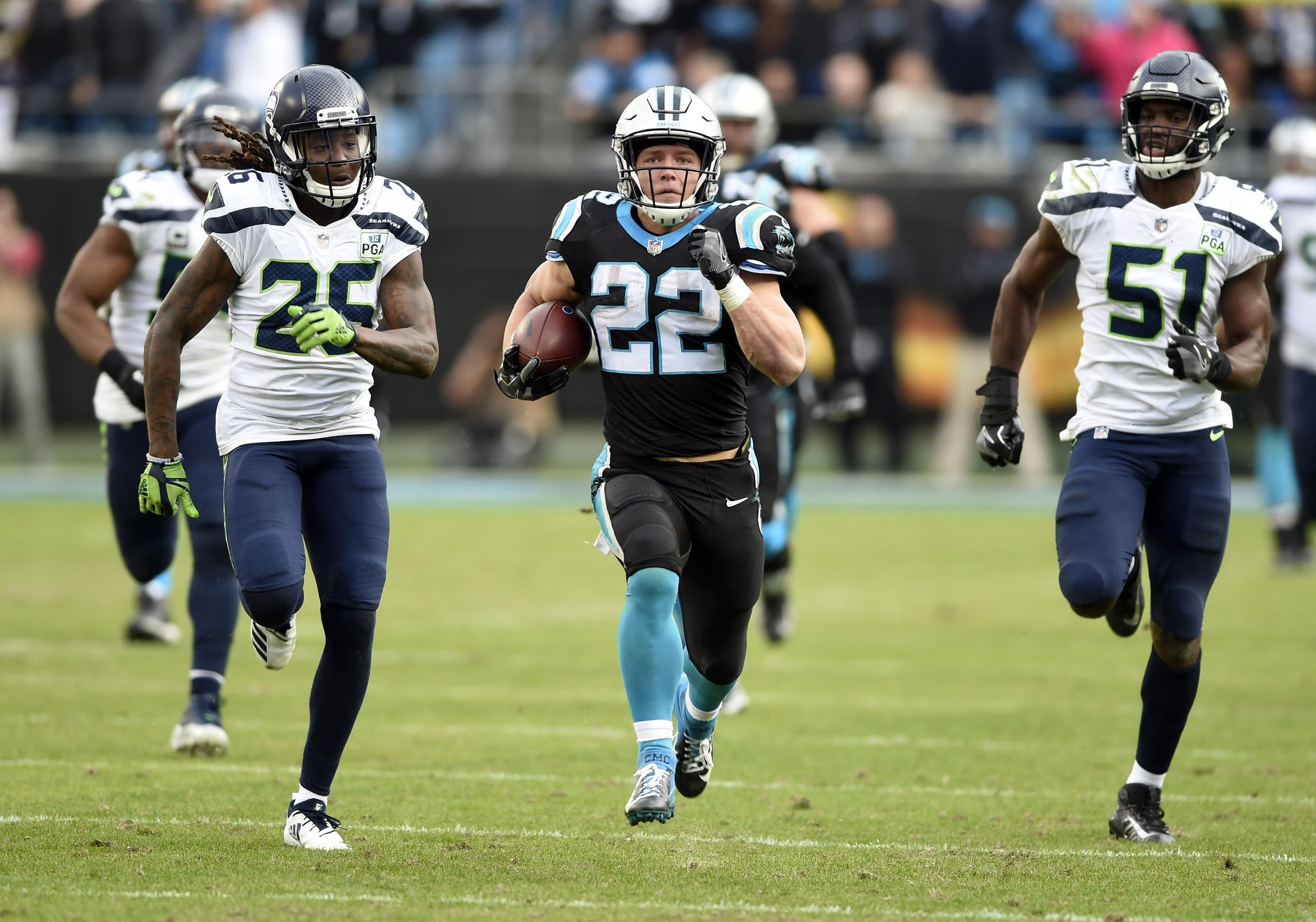 Seahawks_panthers_football_96823_s2048x1435