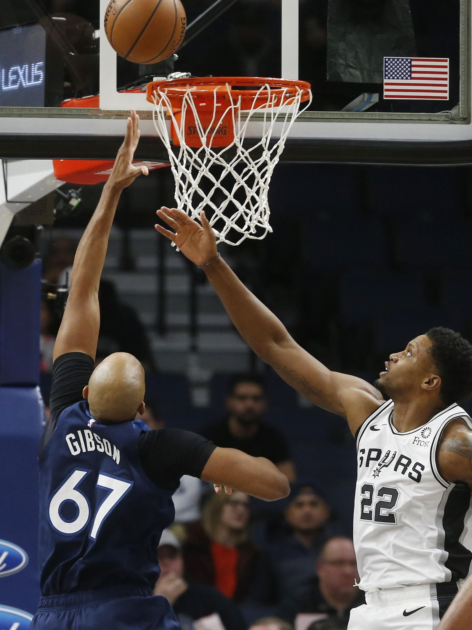 Spurs_timberwolves_basketball_32637_s1535x2048