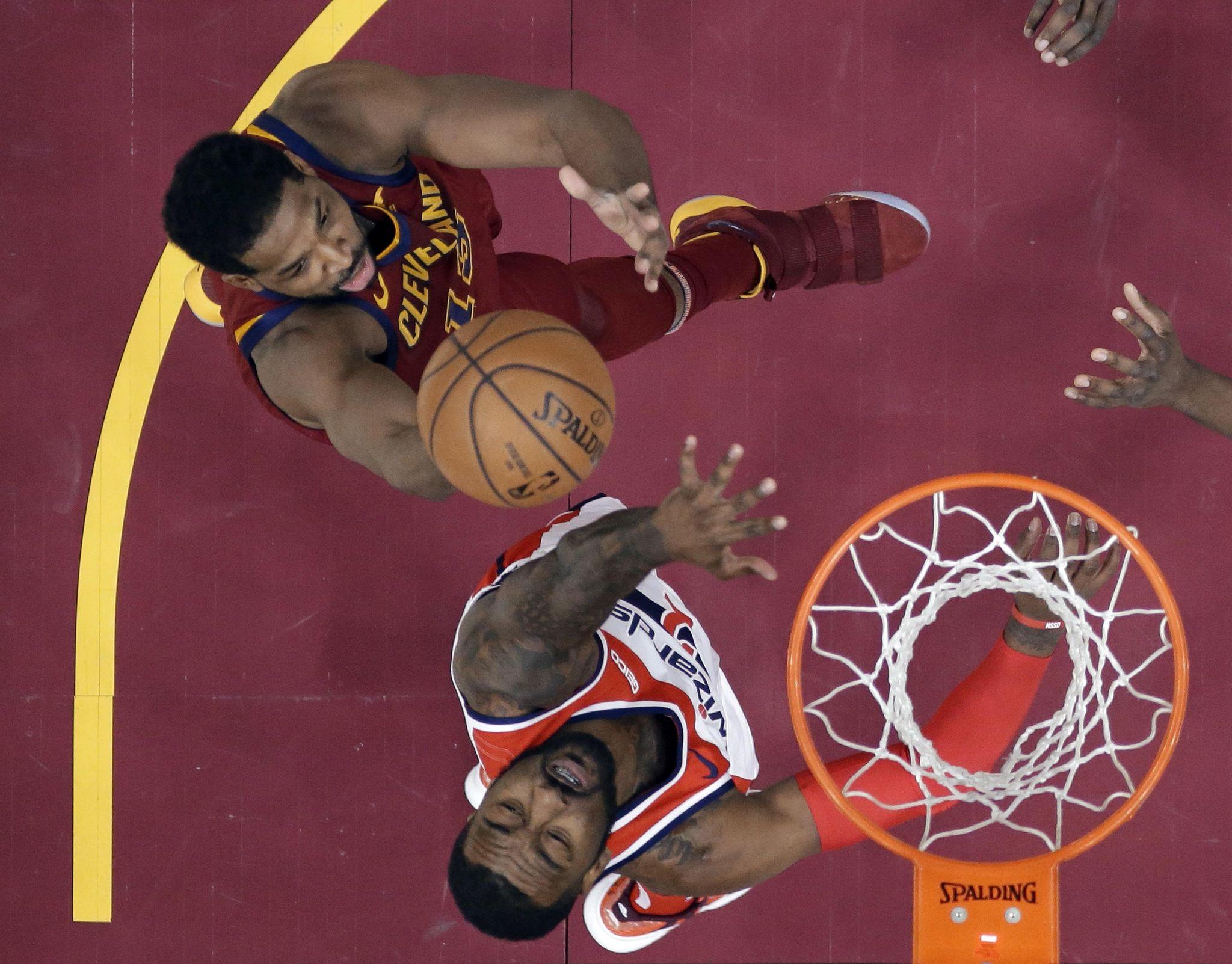 Wizards_cavaliers_basketball_21436_s2048x1603