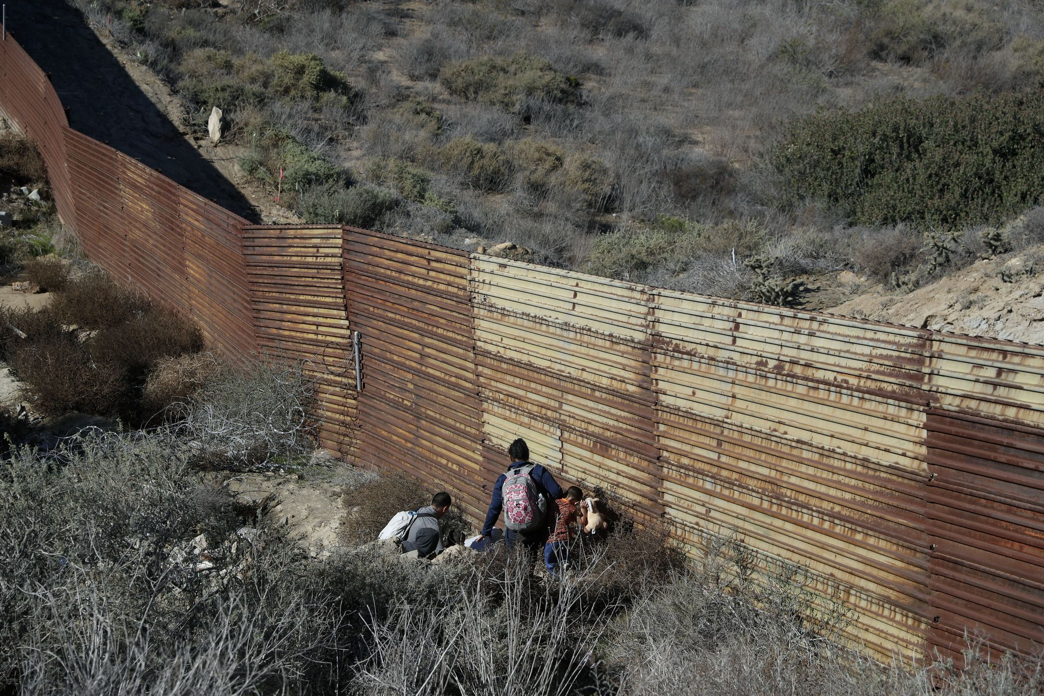 More than 3,000 illegals caught in one day: DHS