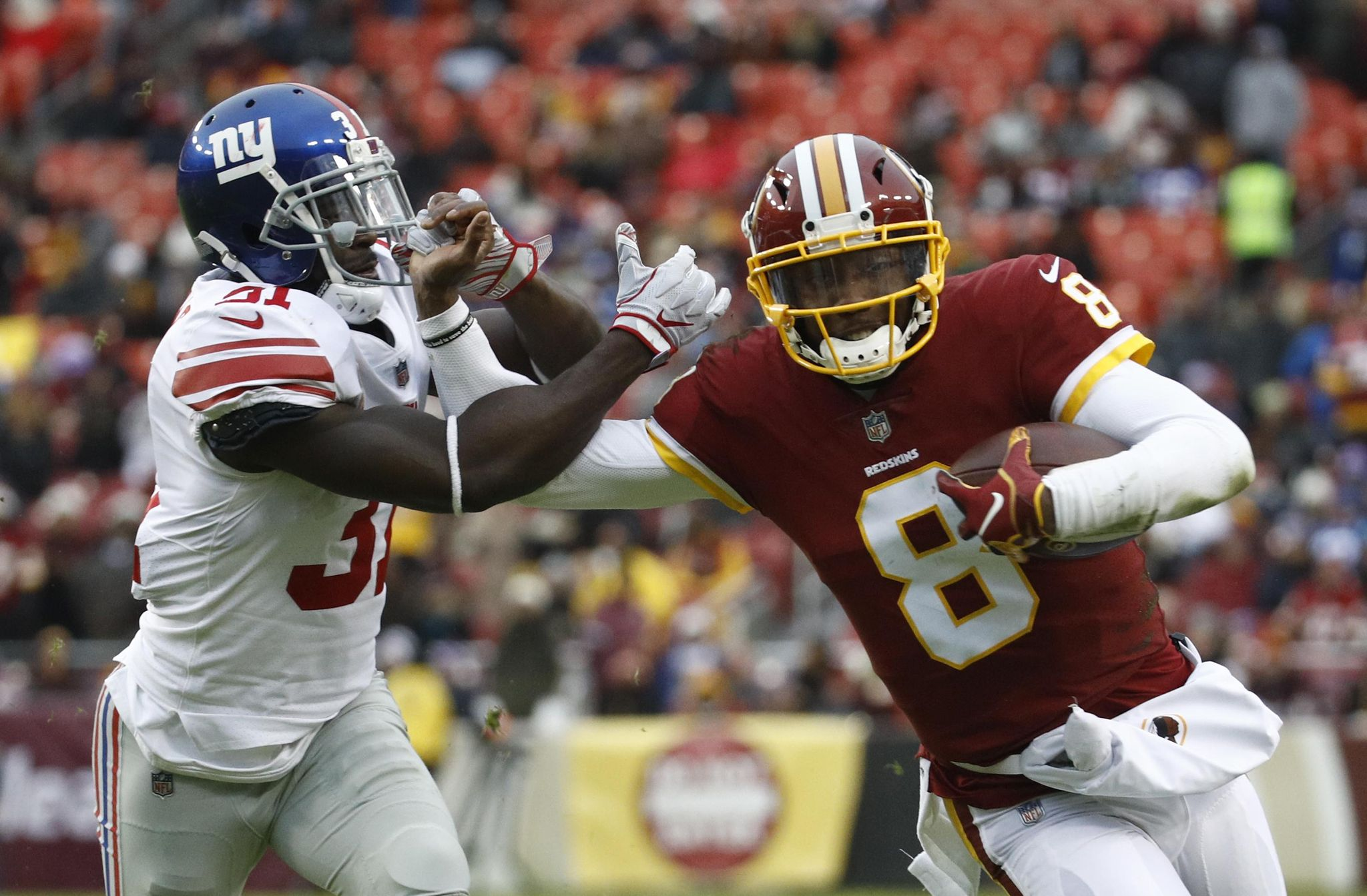 Giants_redskins_football_96548_s2048x1343