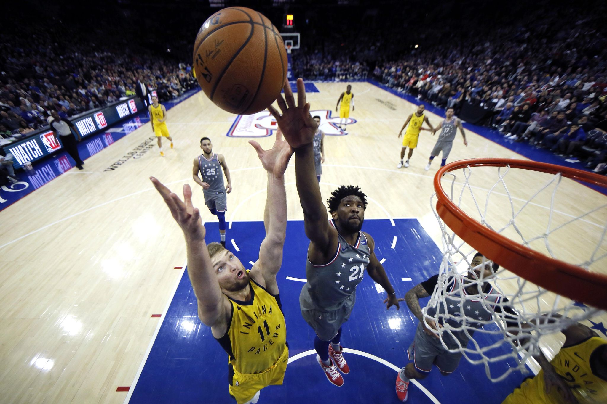Pacers_76ers_basketball_24442_s2048x1365