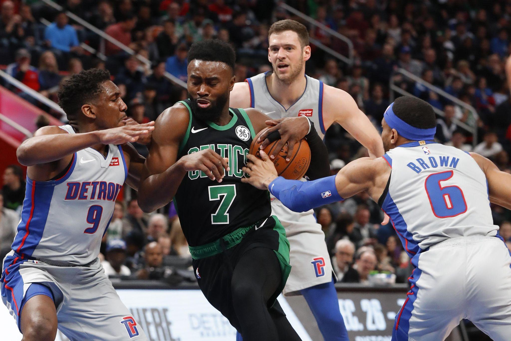 Celtics_pistons_basketball_56362_s2048x1366