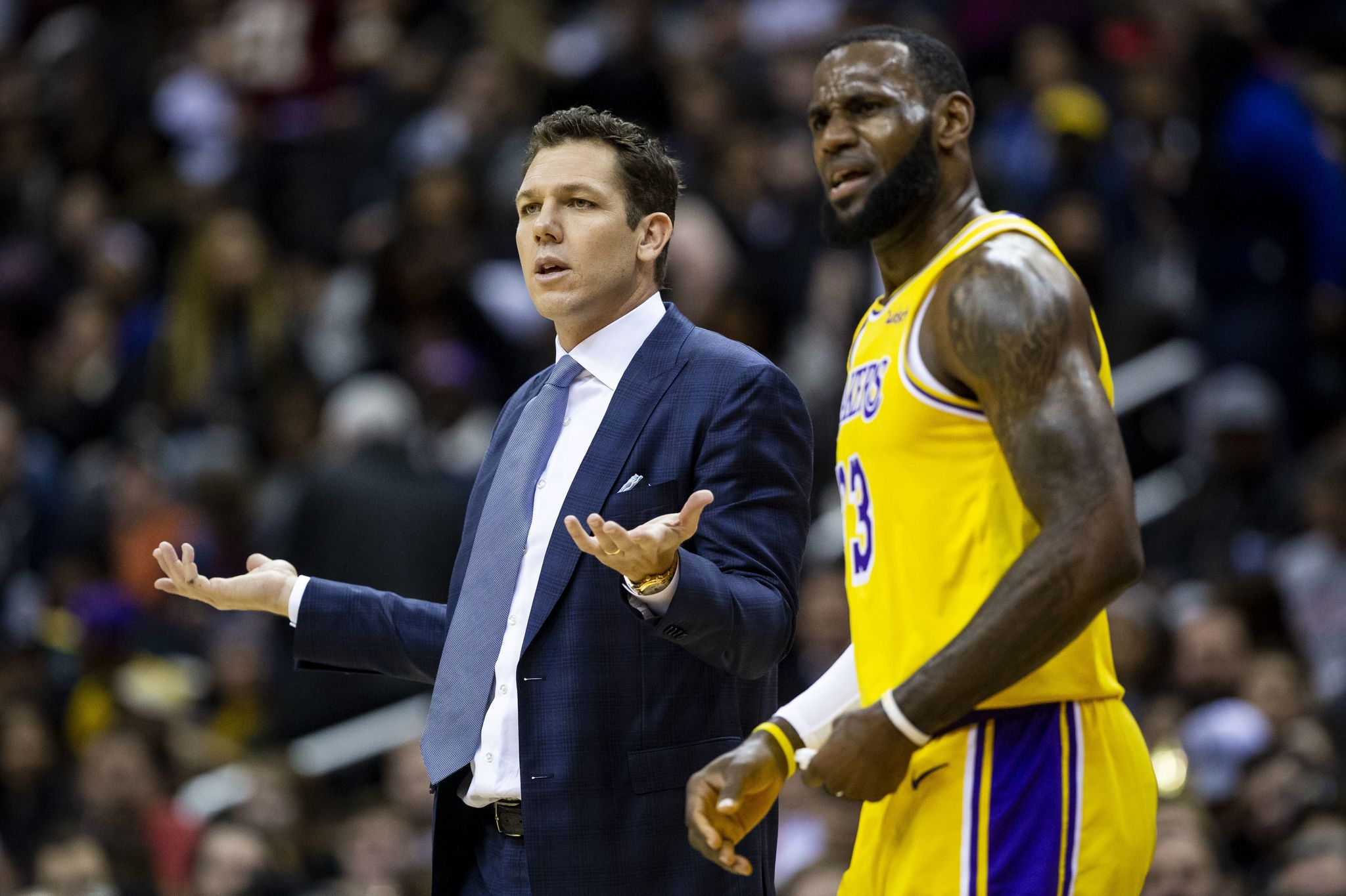 Lakers_wizards_basketball_91751.jpg-b8f4f_s2048x1365