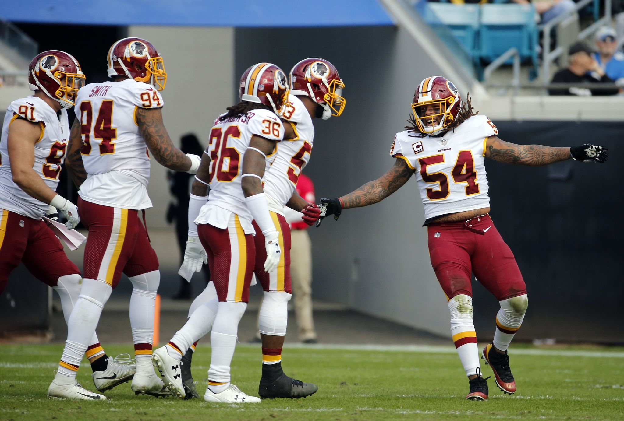 Redskins_jaguars_football_20777.jpg-fa2bd_s2048x1383