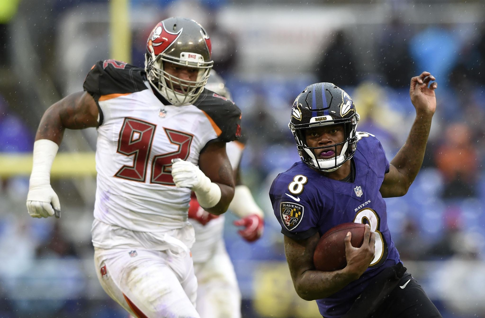 Buccaneers_ravens_football_08852_s2048x1344