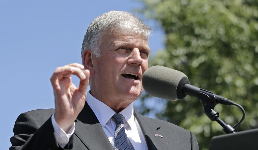 Evangelist Franklin Graham speaks during a mass prayer rally on Boston Common, Tuesday, Aug. 30, 2016, in Boston as part of a tour to urge evangelicals to vote. (AP Photo/Elise Amendola) ** FILE **
