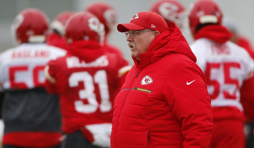 check out 932f5 dfbd8 Chiefs suddenly stingy defense gets test in AFC title game ...