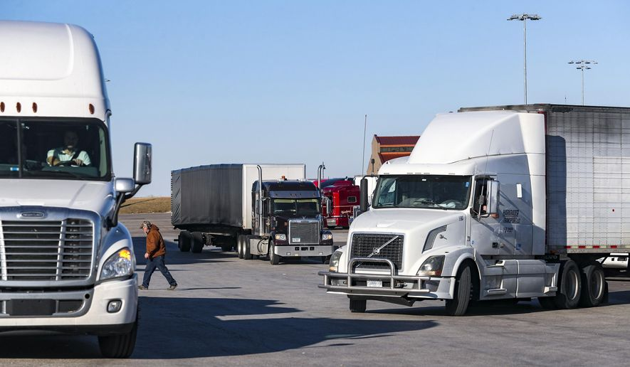 Iowa to launch new system to help truck drivers find parking