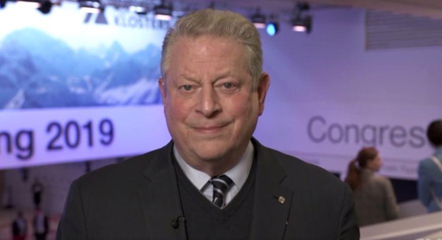 Former Vice President Al Gore discusses climate change on CNN, Jan. 23, 2019. (Image: CNN screenshot)
