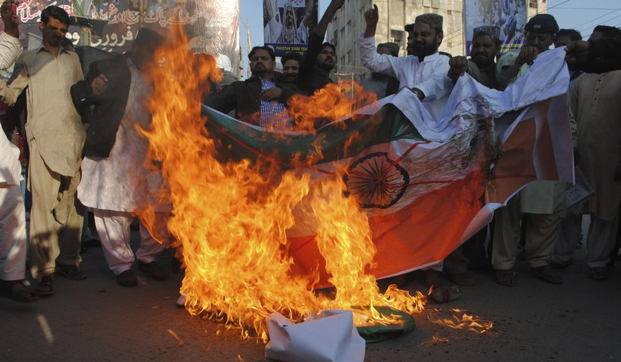 Pakistani premier, president back rebels in Indian Kashmir
