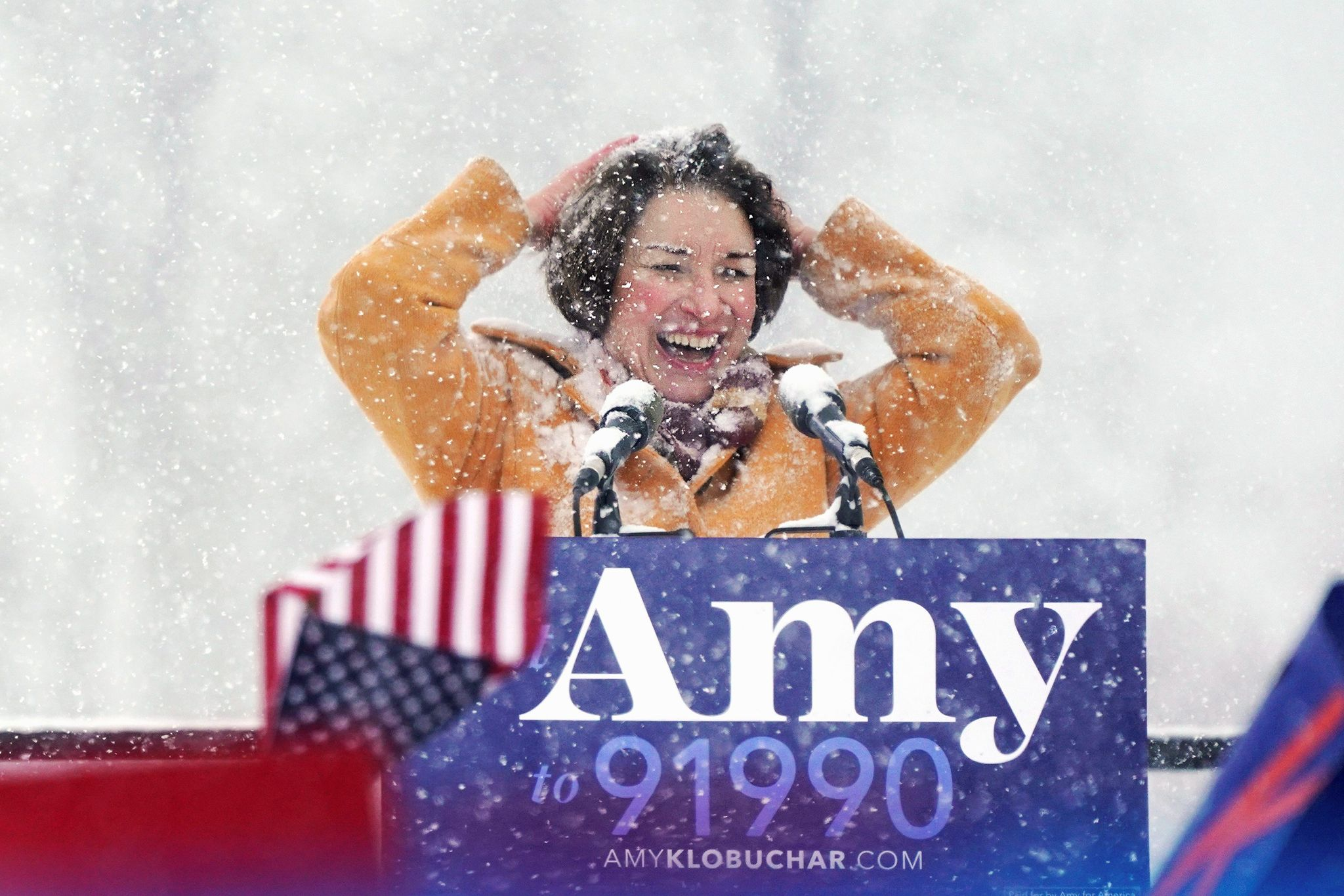 Amy Klobuchar trolls Hillary Clinton with Wisconsin jab