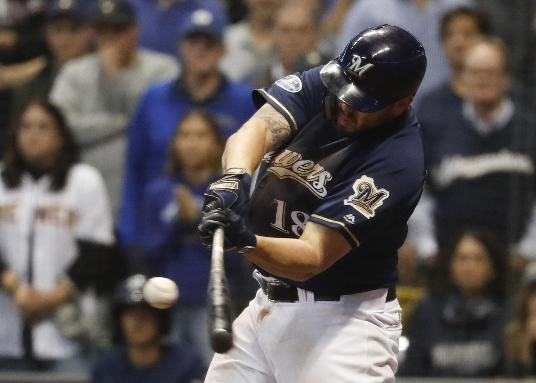 Brewers_moustakas_baseball_65426_s2048x1463