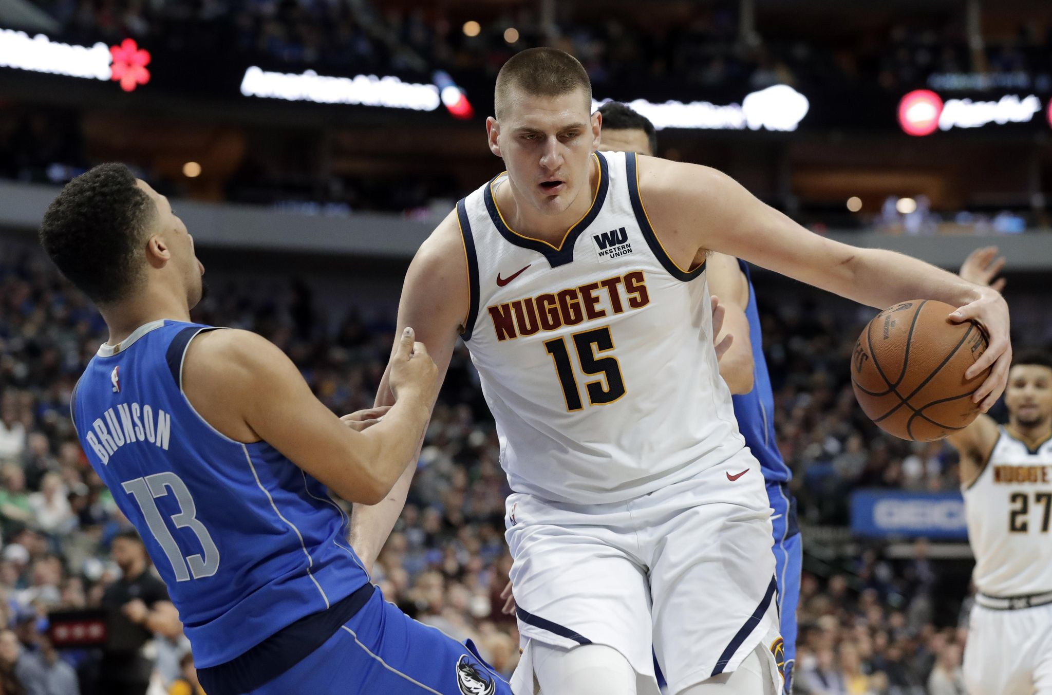 Nuggets_mavericks_basketball_93823_s2048x1353