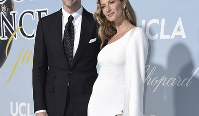 New England Patriots quarterback Tom Brady and wife, supermodel Gisele Bundchen