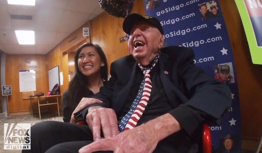 World War II veteran Sidney Walton, 100, is on a mission to visit all 50 states. (Image: KSWB-TV, Fox-5 San Diego screenshot)