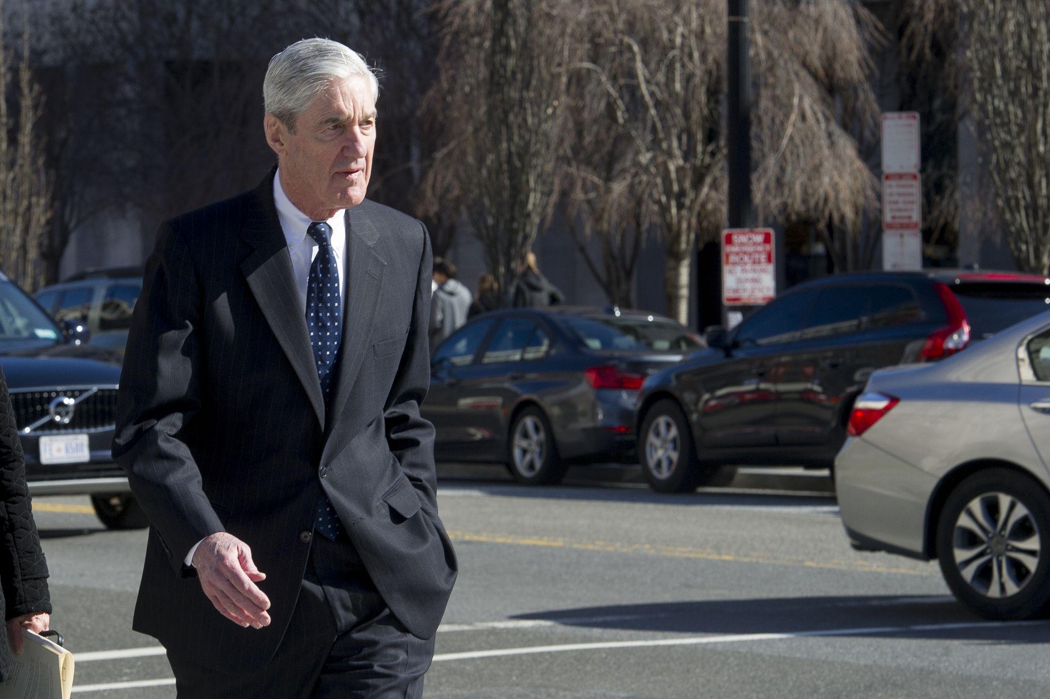 Robert Mueller clears Donald Trump in Russia probe, William Barr says