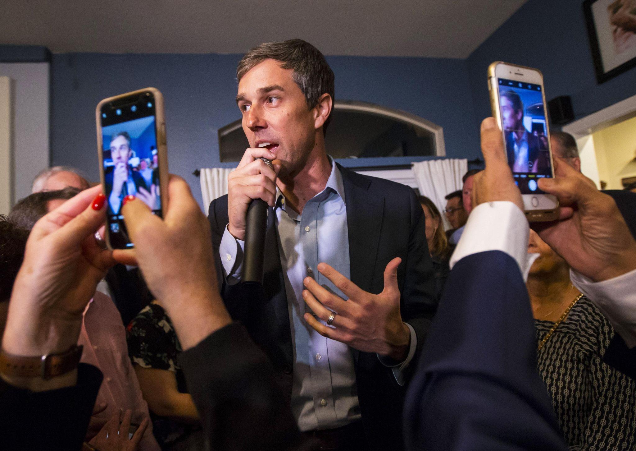 Beto O'Rourke recalls Obama, JFK, Bobby Kennedy for New Hampshire voters