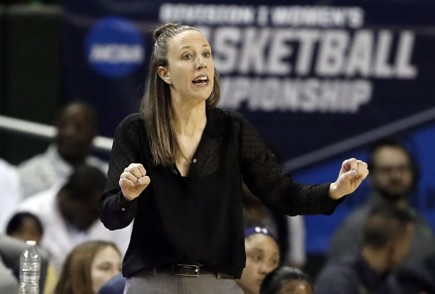 California head coach Lindsay Gottlieb instructs her team in the first half of a first round women's college basketball game in the NCAA Tournament in Waco, Texas, Saturday March 23, 2019.(AP Photo/Tony Gutierrez)