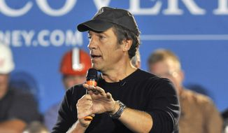 TV personality and podcaster Mike Rowe speaks in Bedford Heights, Ohio, Sept. 26, 2012. (AP Photo/David Richard) ** FILE **