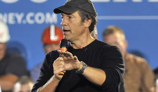 This Sept. 26, 2012, photo shows TV personality and podcaster Mike Rowe during a campaign stop for Republican presidential candidate Mitt Romney in Bedford Heights, Ohio. (AP Photo/David Richard) **FILE**