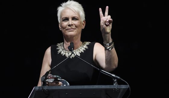 Actress Jamie Lee Curtis accepts the Vanguard Award during the Big Screen Achievement Awards at CinemaCon 2019 at Caesars Palace, Thursday, April 4, 2019, in Las Vegas. (Photo by Chris Pizzello/Invision/AP)