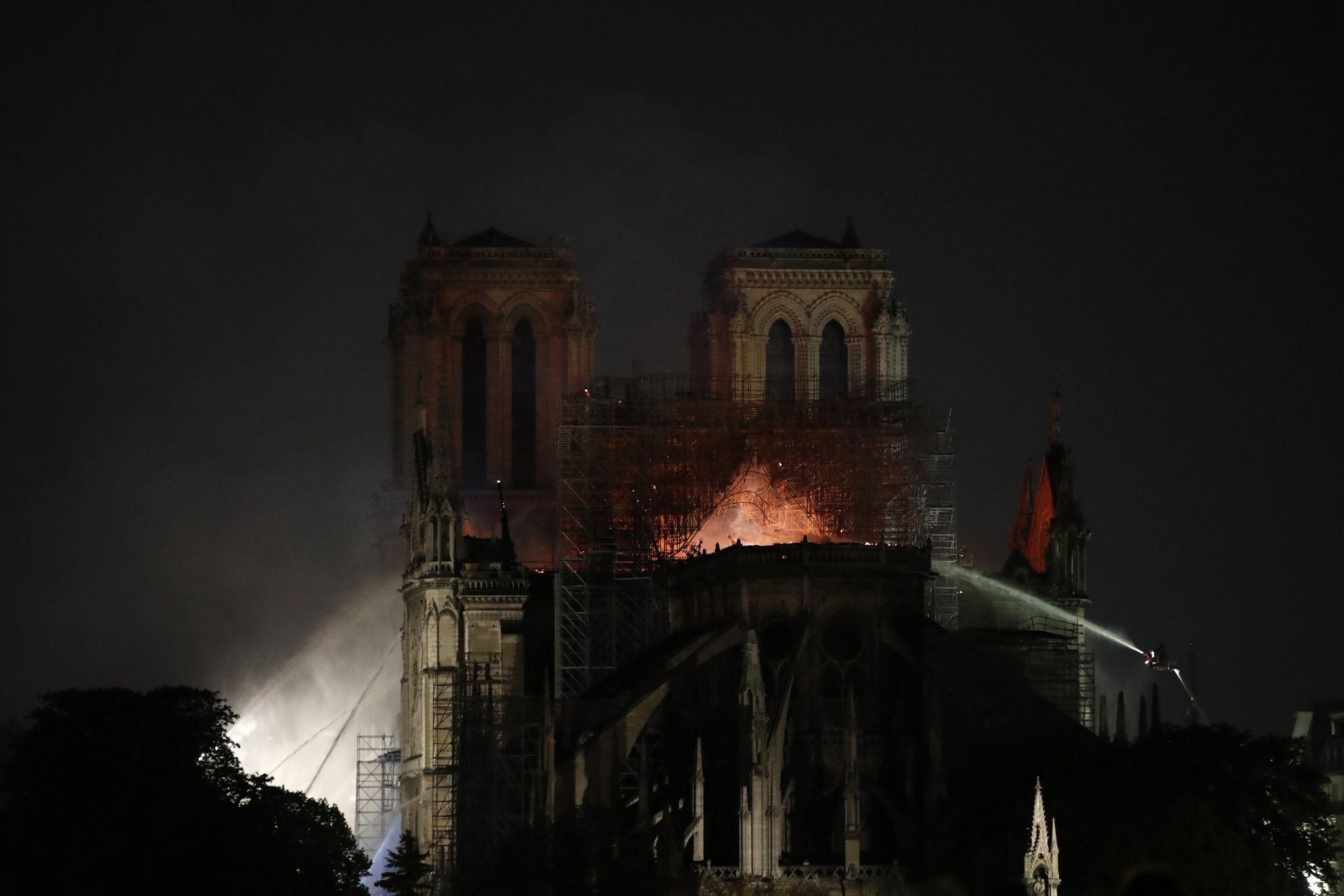 Notre Dame arson, terrorism ruled out for now, Paris prosecutors' office says