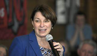 Democratic presidential hopeful Sen. Amy Klobuchar, D-Minn., speaks to people at Edley's Bar-B-Que in Nashville, Tenn., Wednesday, April 17, 2019. (Shelley Mays/The Tennessean via AP)