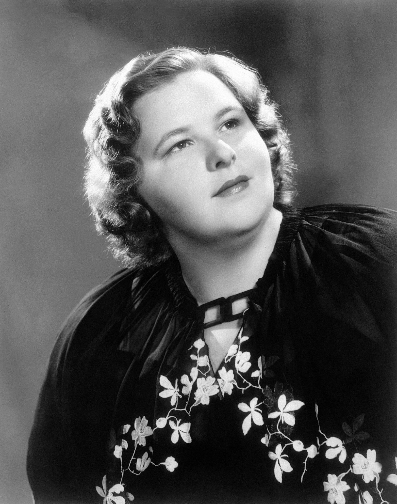 Kate Smith 'God Bless America' banned by Yankees over 'history of potential racism'
