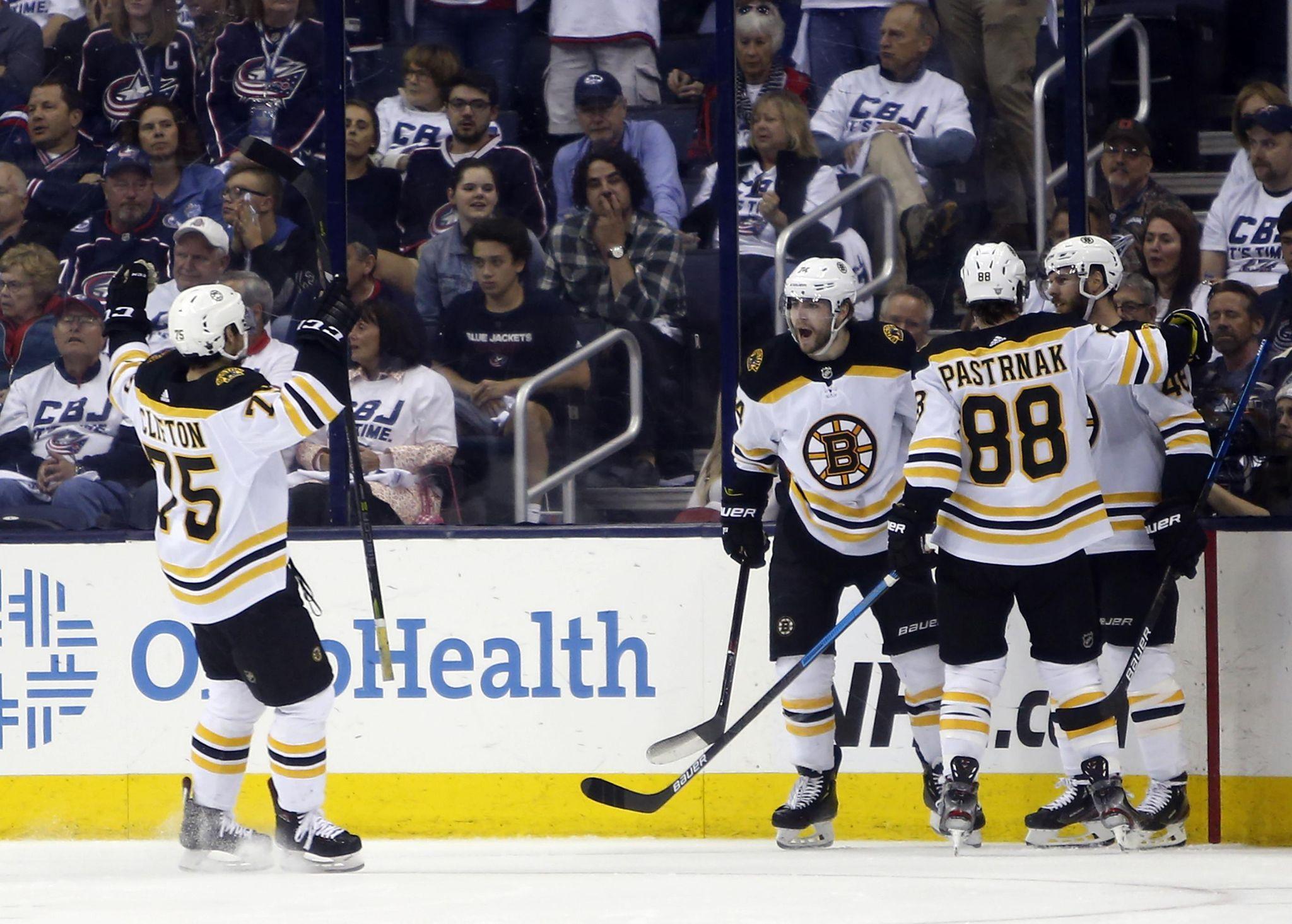 Bruins_blue_jackets_hockey_07481_s2048x1465