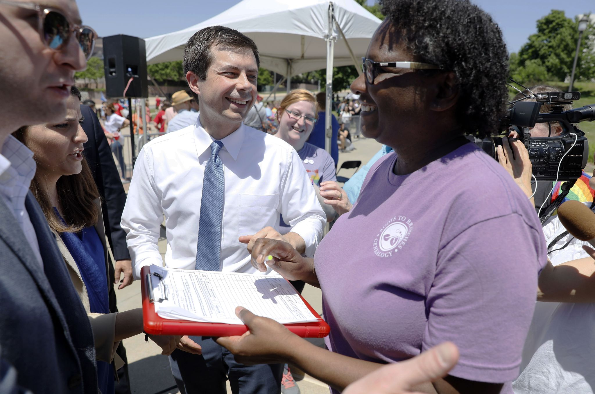 Buttigieg struggles for black supporters: They 'feel burned' by politicians