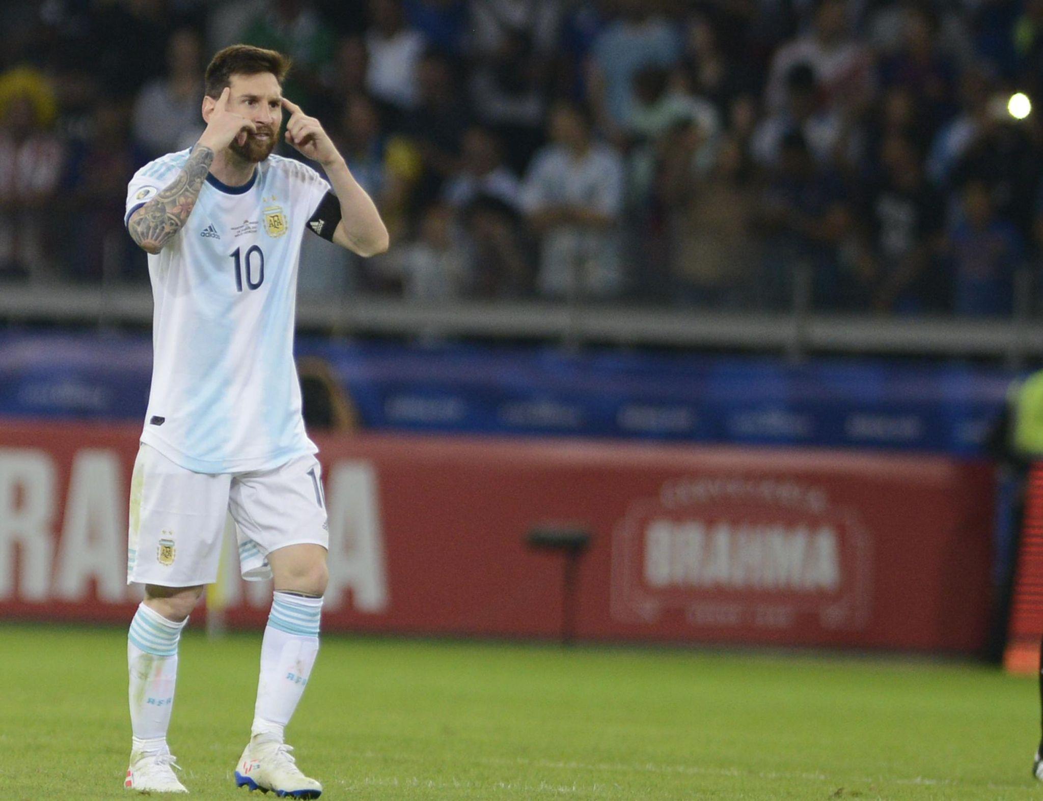 Brazil_soccer_copa_america_argentina_paraguay_66298_s2048x1574