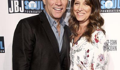 Jon Bon Jovi went off to Vegas to marry his high school sweetheart Dorothea Hurley in 1989.
