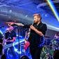 Rock band Hinder. (photo credit: Tim Constantine)