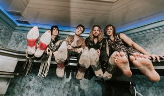 The Struts band (Photo by Anna Lee)