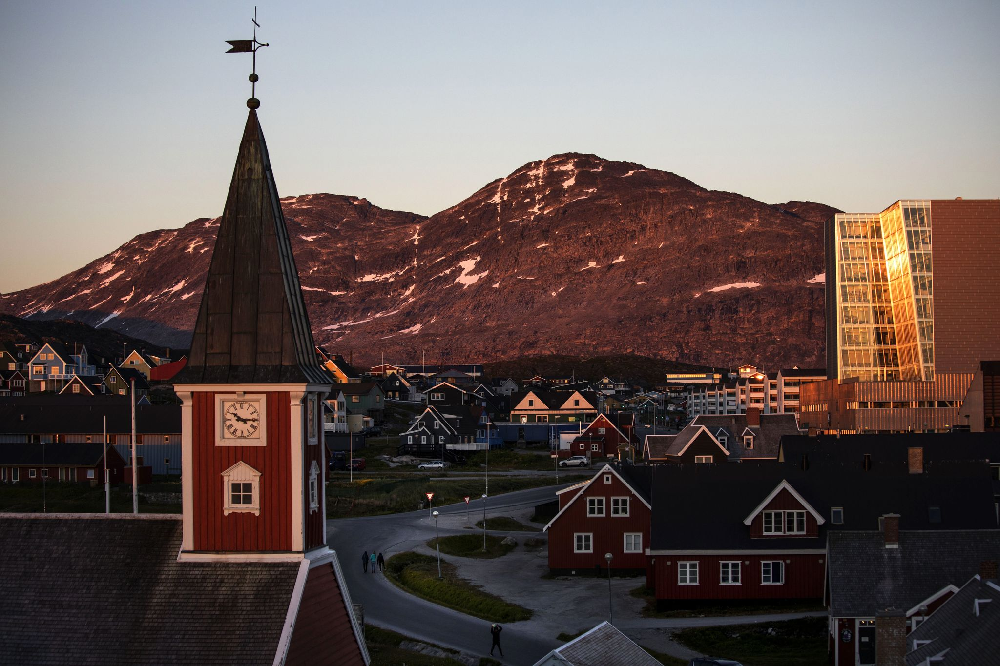 Buying Greenland: Trump haters mock the idea, but China is paying atte