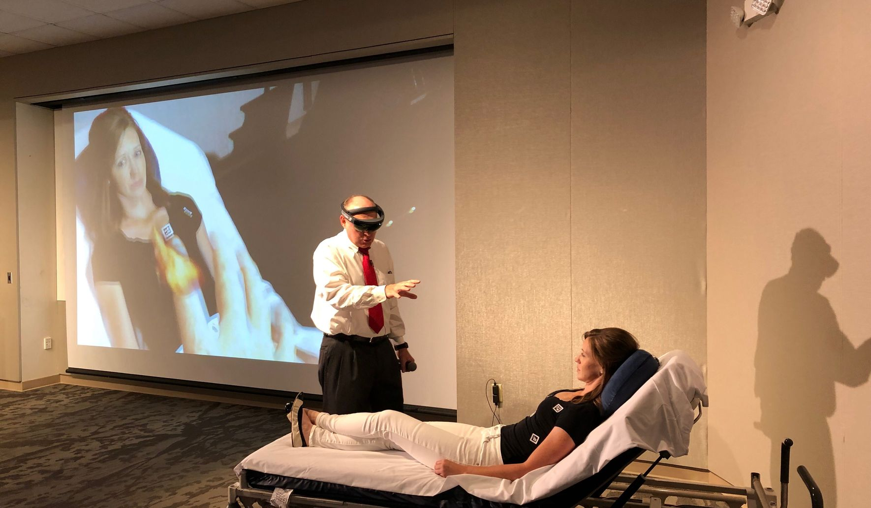 GW Hospital doctors among first to use virtual, augmented reality tech for surgeries