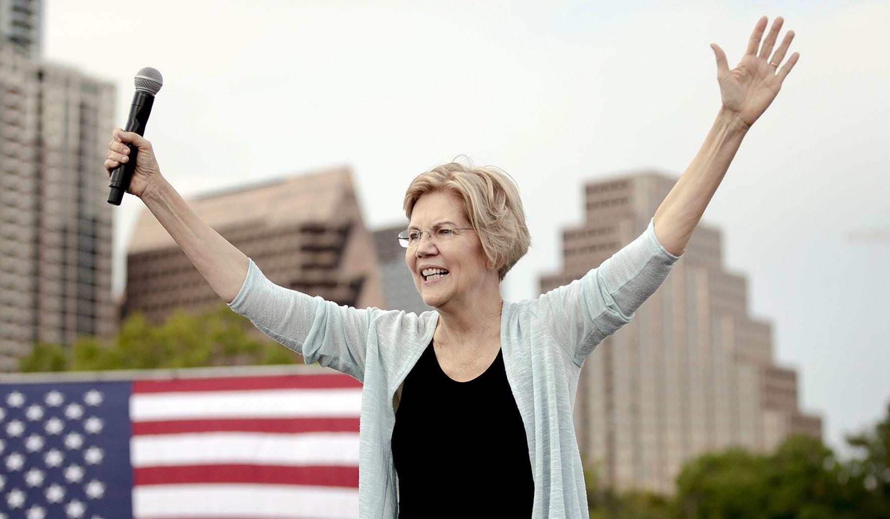 photo image Elizabeth Warren favorability spikes among Democrats: Poll
