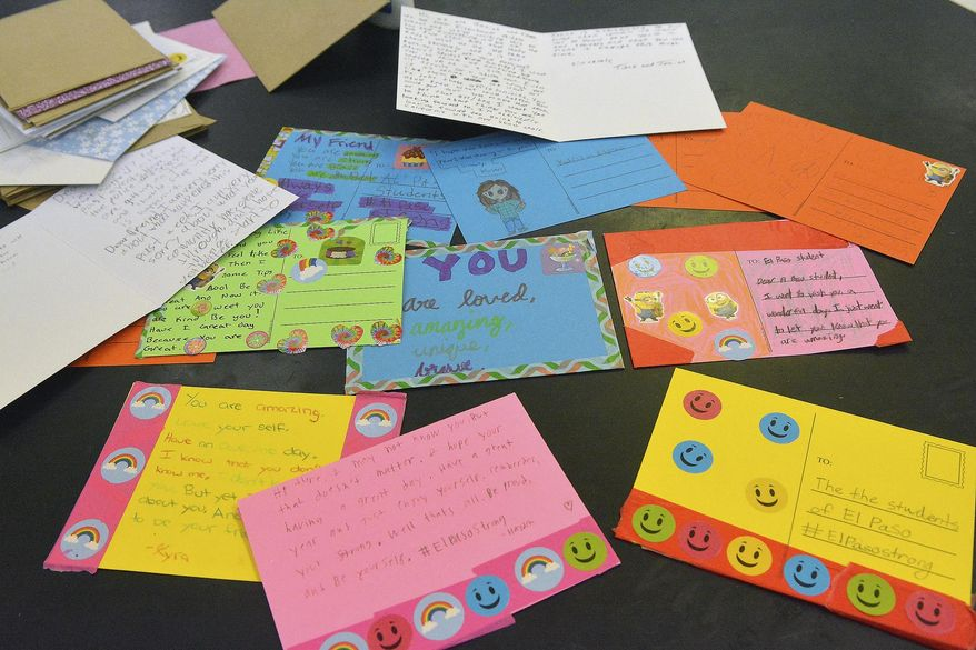 Eisenhower Middle School students in Albuquerque, New Mexico made upward of 700 cards to send to schools in El Paso, Texas, following a mass shooting this year, photographed on Tuesday, Sept. 10, 2019. (Jim Thompson/The Albuquerque Journal via AP)
