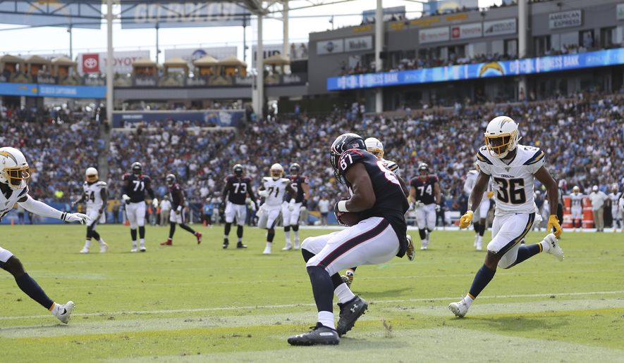 Houston Texans tight end Darren Fells (87) makes a touchdown reception in the second half during the American Football game between the Houston Texans and the Los Angeles Chargers at the Dignity Health Sports Park in Carson, California, USA, 22 September 2019.