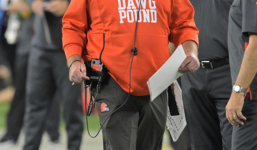 official photos 76464 2b835 Browns' Kitchens won't give up play calling after 'bad' loss ...