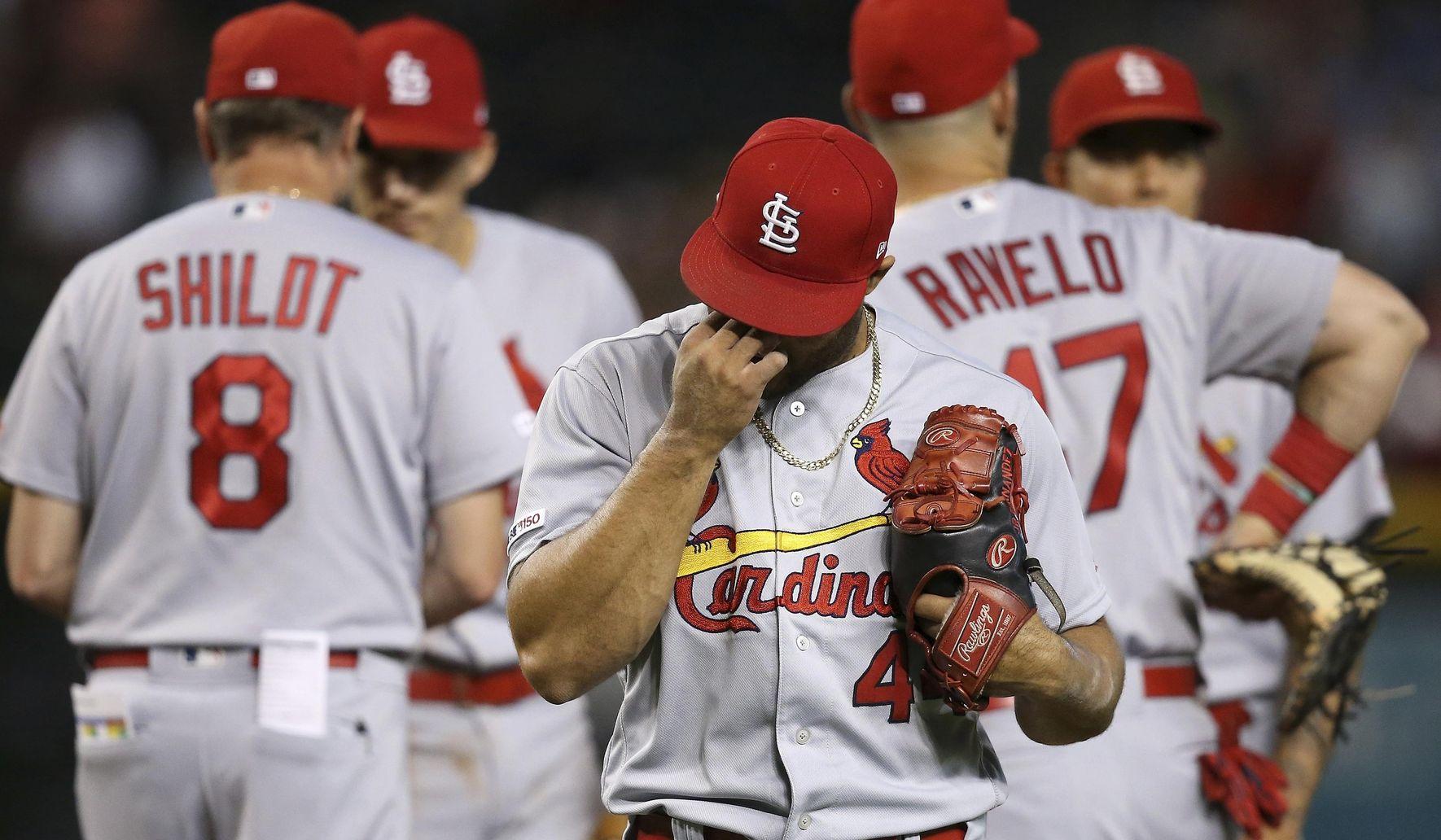 Cardinals_diamondbacks_baseball_33379_c0-151-3600-2249_s1770x1032